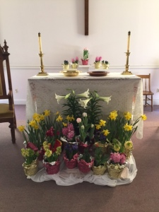 The altar in the Sanctuary looked especially lovely this Easter morning.